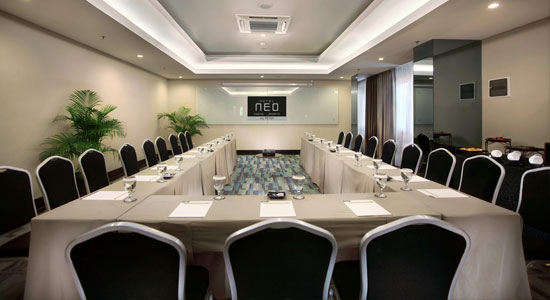Skye Meeting Room